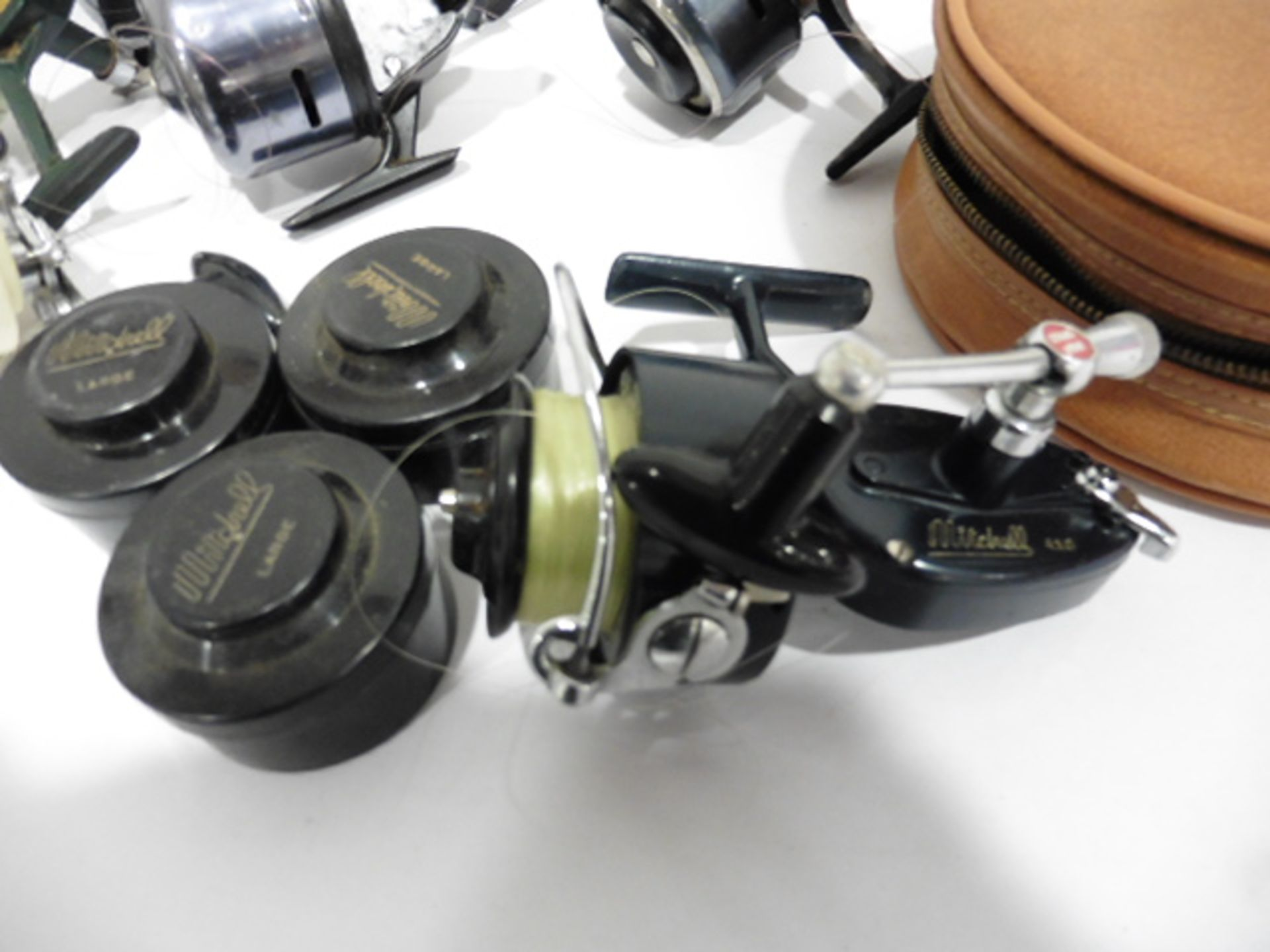 7 vintage reels including Garcia Mitchell 600 multipiler, 2 Abu 506, Mitchell 410 plus spare spools, - Image 5 of 6