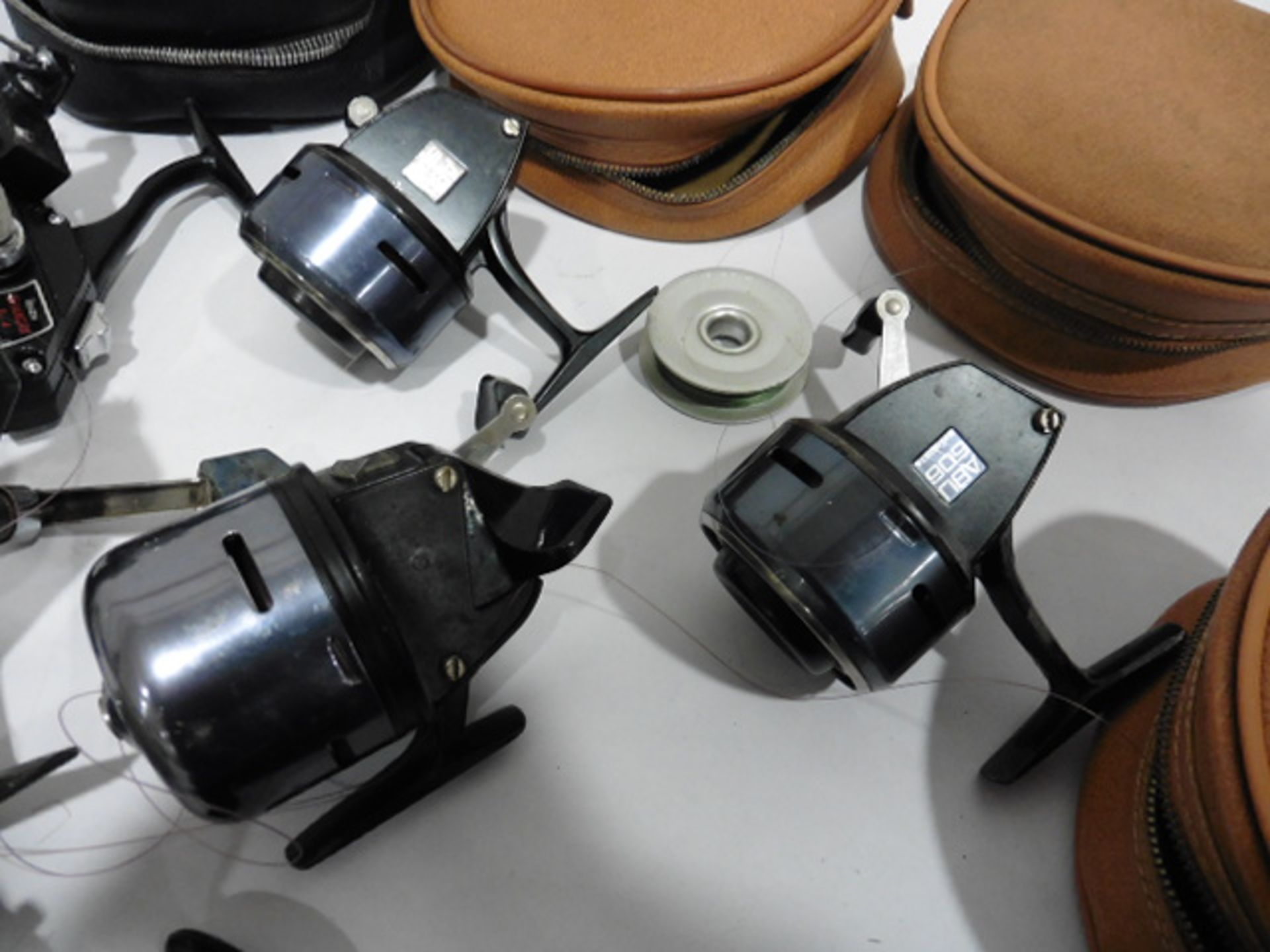 7 vintage reels including Garcia Mitchell 600 multipiler, 2 Abu 506, Mitchell 410 plus spare spools, - Image 4 of 6