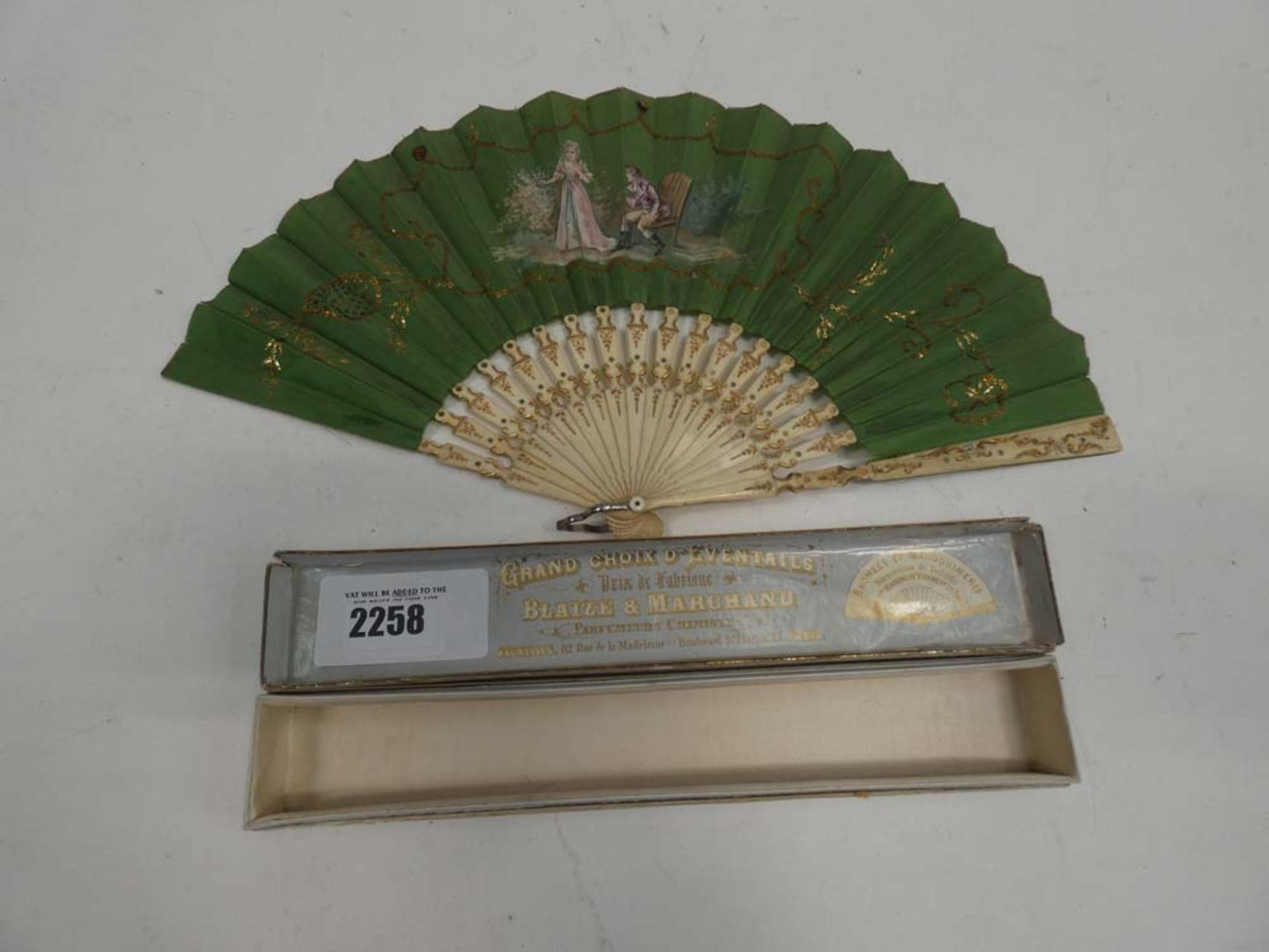 Blaize & Marchand vintage fan with padded box