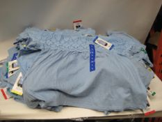 Box containing 80 Jacks of New York ladies blouses in blue sizes from S-XL