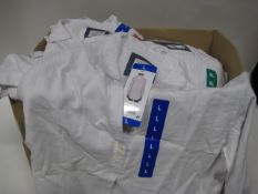 Box of approximately 50 Jack New York ladies blouses in white sizes M - XL - cotton & linen