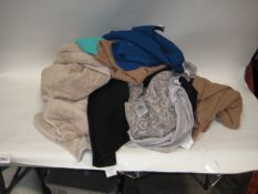 Bag containing various towels to include bath towels, hand towels, and tea towels