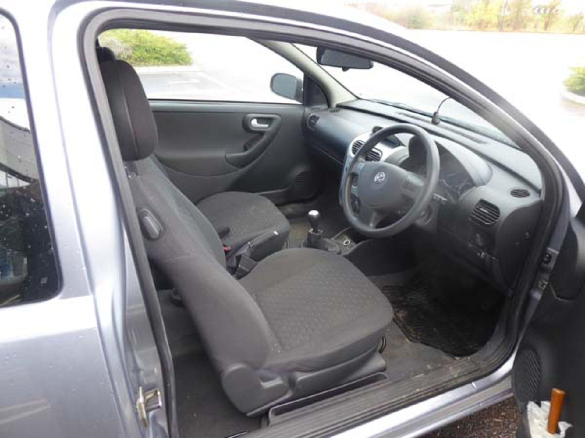 KL53 KTA (2003) Vauxhall Corsa Active 16V, 3 door hatchback, 1199cc, petrol, in silver, 39'044 - Image 10 of 12