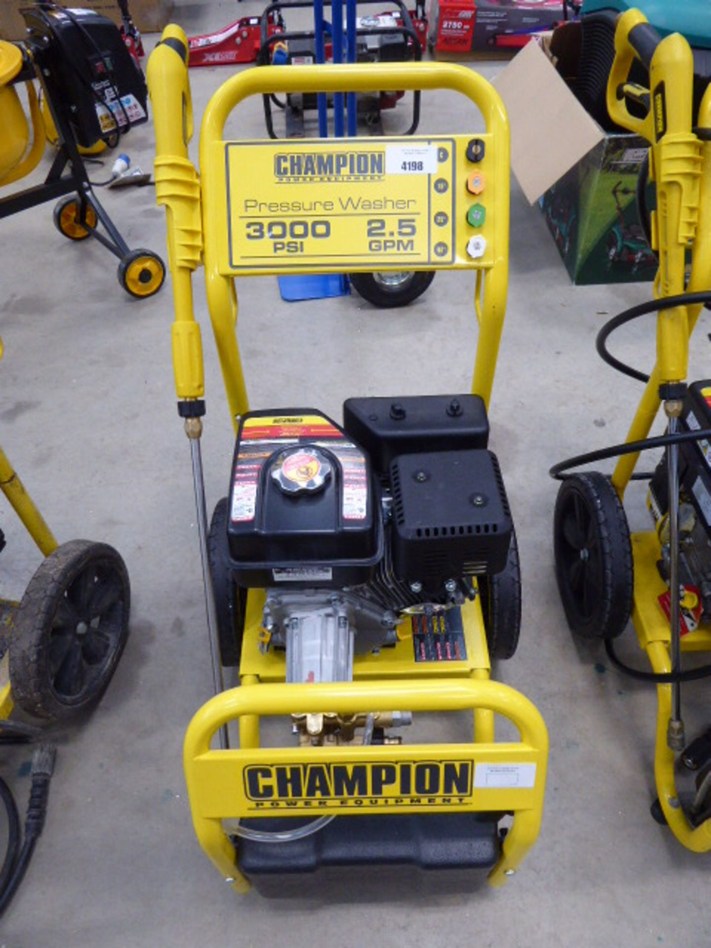 Champion petrol powered pressure washer (no hose)