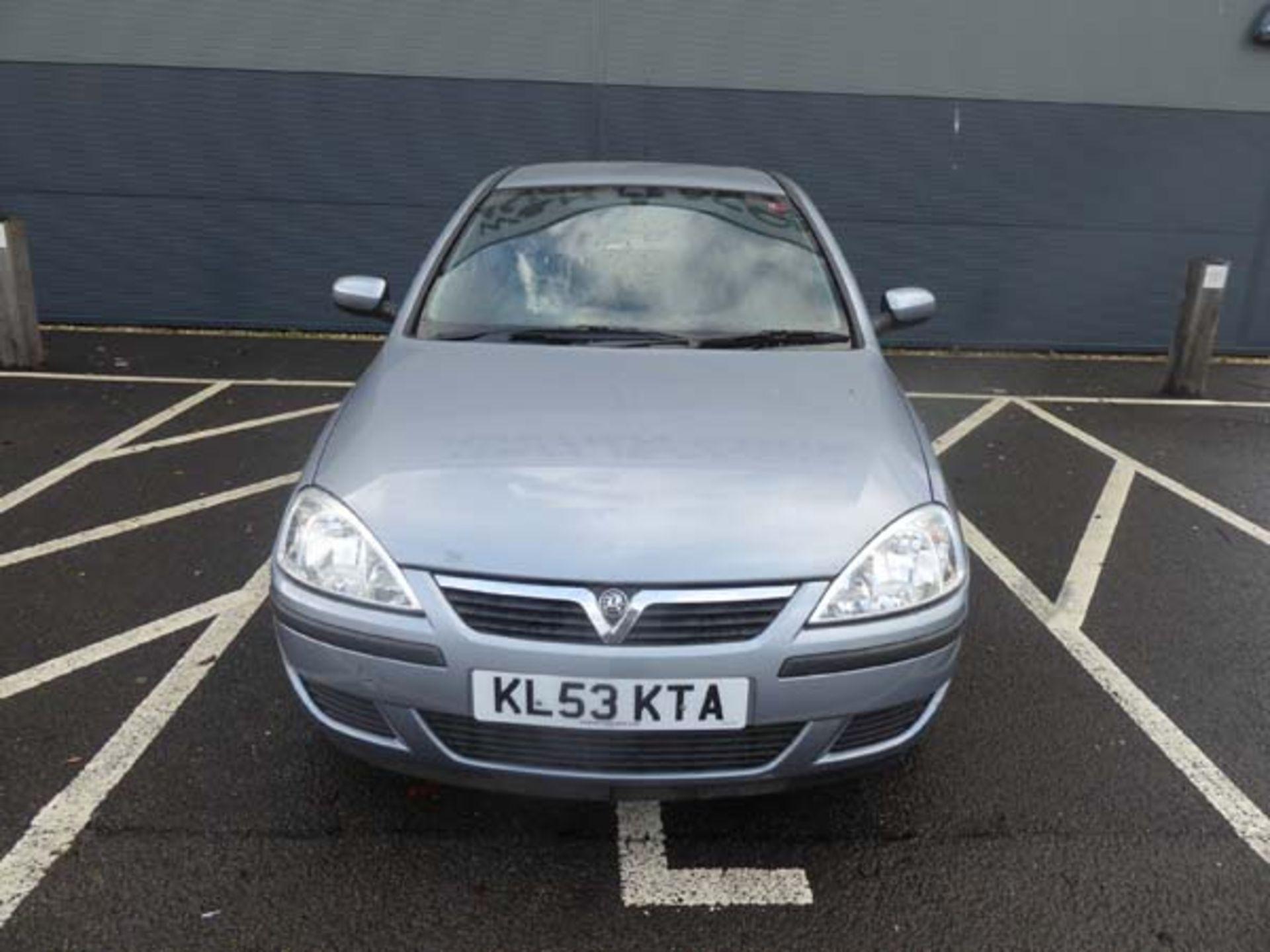KL53 KTA (2003) Vauxhall Corsa Active 16V, 3 door hatchback, 1199cc, petrol, in silver, 39'044 - Image 3 of 12
