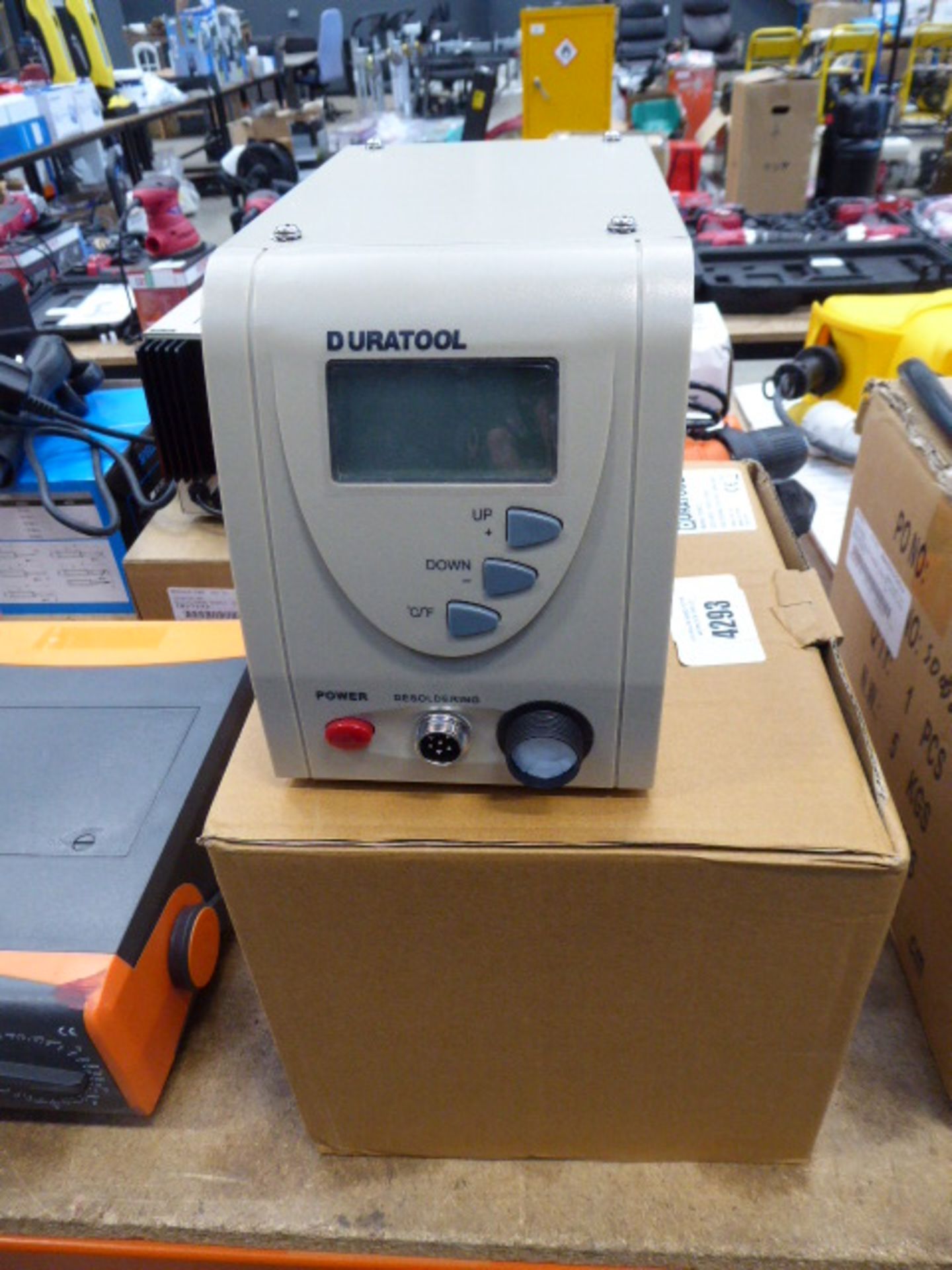 Duratool boxed soldering station