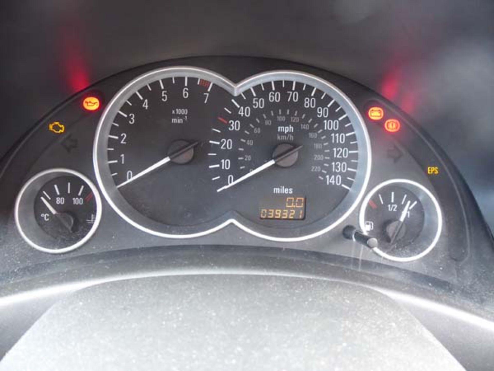 KL53 KTA (2003) Vauxhall Corsa Active 16V, 3 door hatchback, 1199cc, petrol, in silver, 39'044 - Image 9 of 12