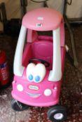 (1089) Little Tikes ride on toy