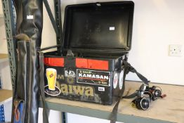 Daiwa fishing box with small quantity of tackle incl. 3 reels with leather fishing rod bag and