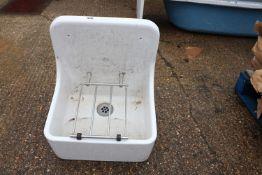 (1162) Twyford hanging ceramic sink