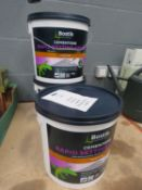 3 tubs of Boss Stick rapid setting cement