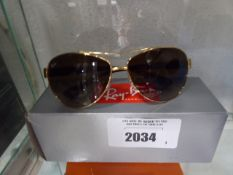 Pair of Raybans sunglasses with carry case and box model RB3386