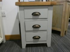 Hampshire Grey Large Bedside Table (16)