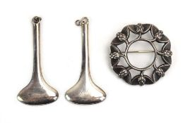 A pair of Danish silver pendants of elongated gourd form, Jacob Hull, l. 5.