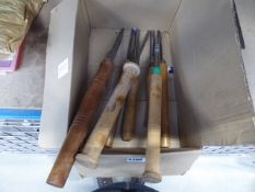 Quantity of turning chisels