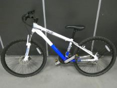 Kyoto blue and white mountain bike