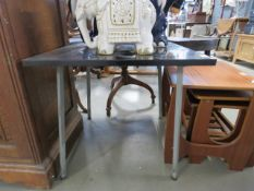 5189 - A black painted square lamp table