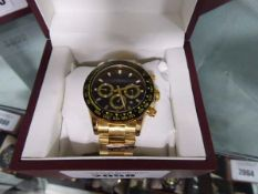Edison chronograph stainless steel strap watch with box