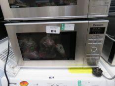 (105) Panasonic microwave