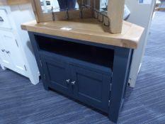 Hampshire Blue Painted Oak Corner TV Unit (3)