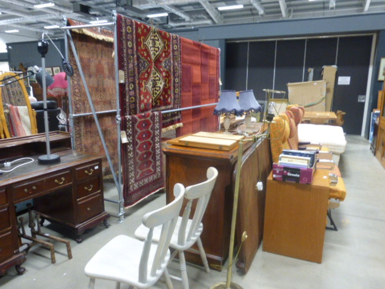 Saleroom 5 Furniture & Effects