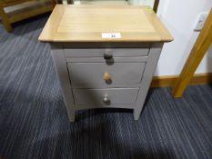 Malvern Shaker Grey Painted Oak Bedside Table (60)