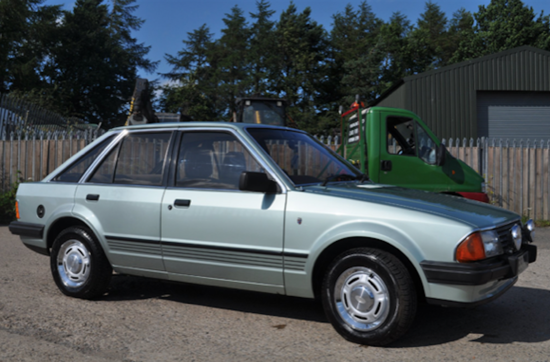 Lot 12 - 1983 Ford Escort 1.6 Ghia