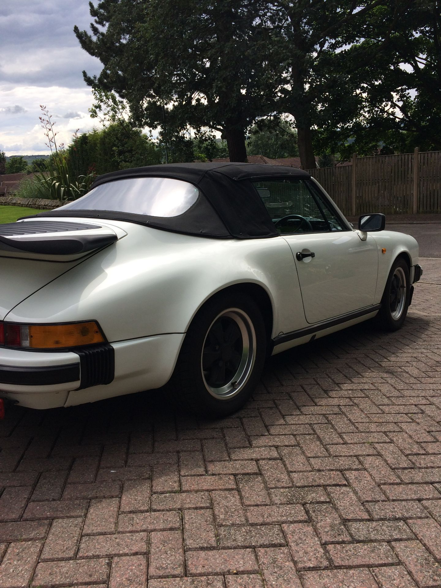 Lot 13 - 1986 Porsche Carrera Cabriolet