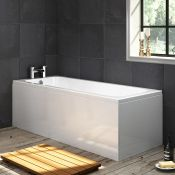 (RR21) 1700x700mm Round Single Ended Bath 1700mm. Length: 1700mm Constructed from high quality... (