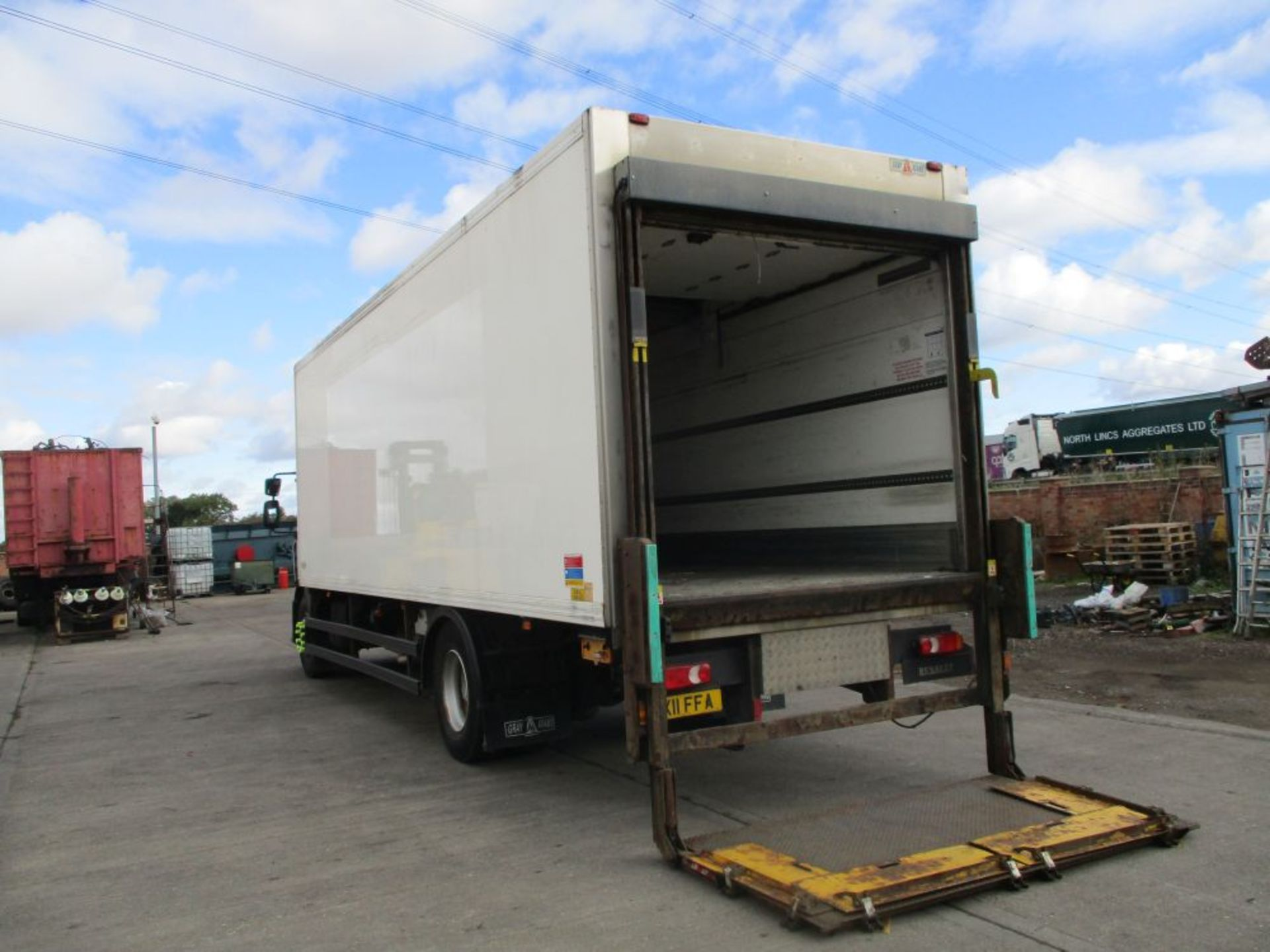 Lot 12 - Renault Midlum 270 DXI 27FT Gray & Adams Fridge Box