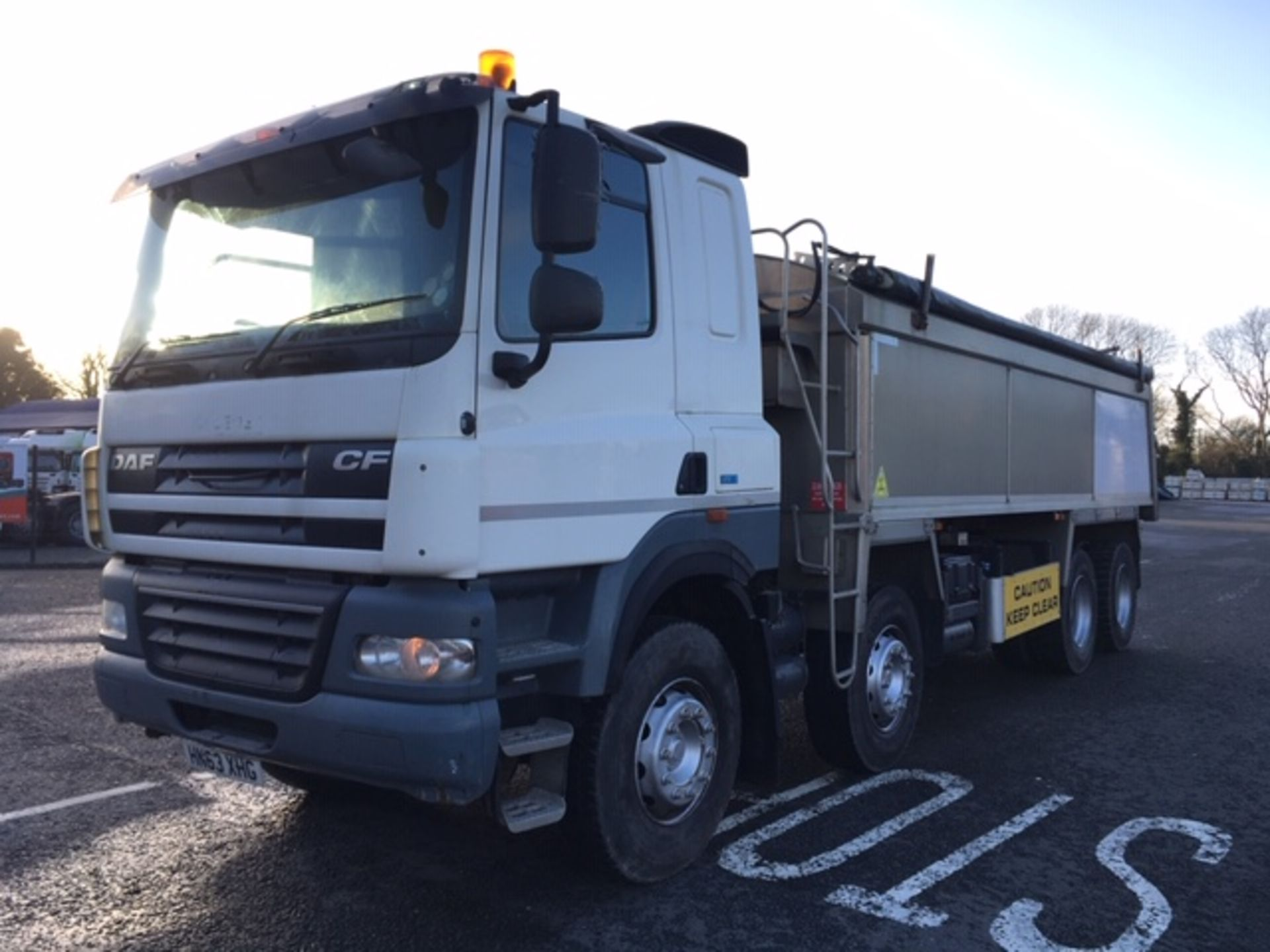 Lot 59 - 2013 (63) DAF CF85-410 SLEEPERCAB 8X4 TIPPER WITH PPG INSULATED TAR SPEC BODY