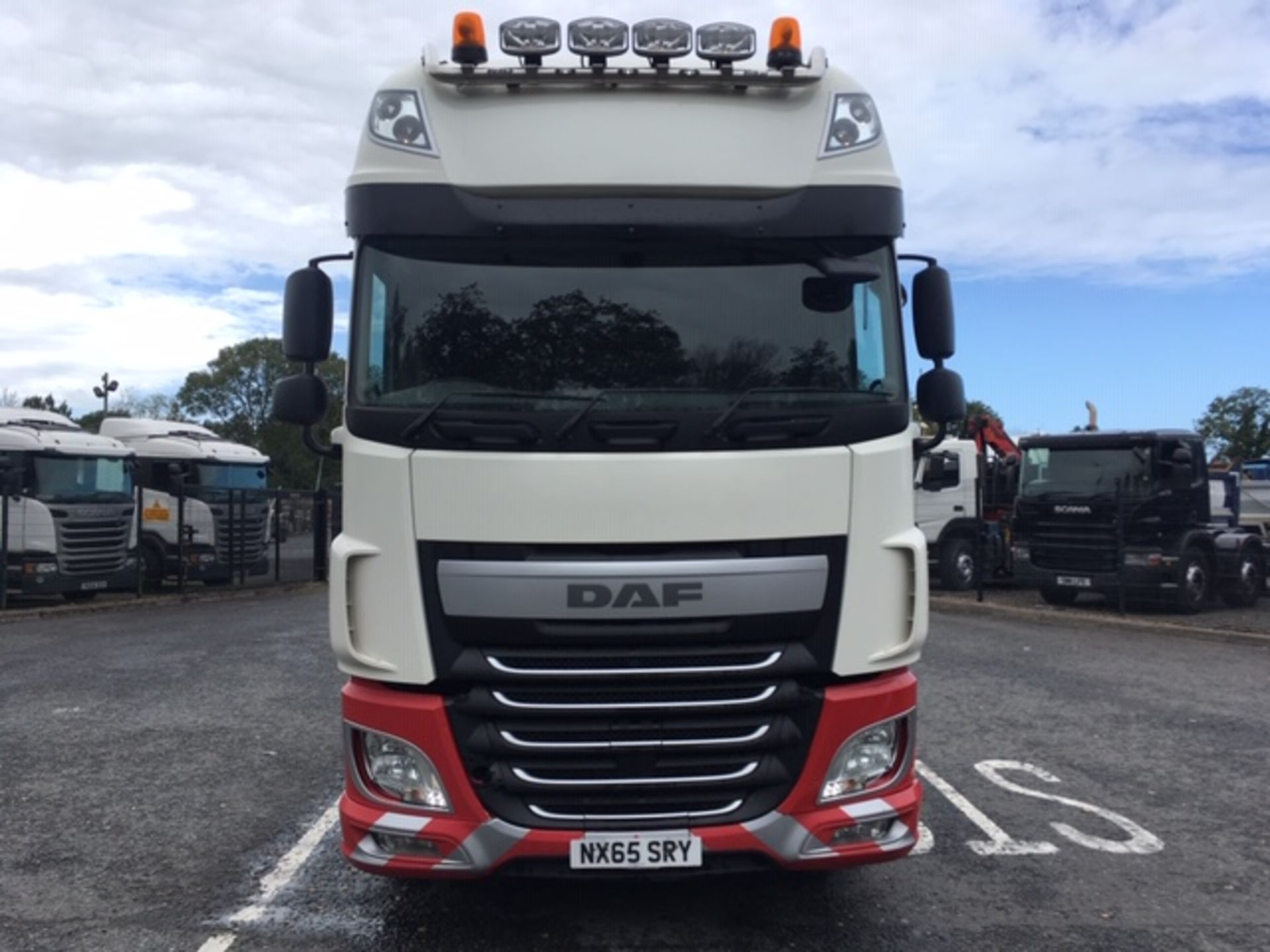 Lot 62 - 2015 (65)DAF XF-510 EURO6 SUPERSPACE 6X2 T/UNIT WITH TIPPING EQUIPMENT