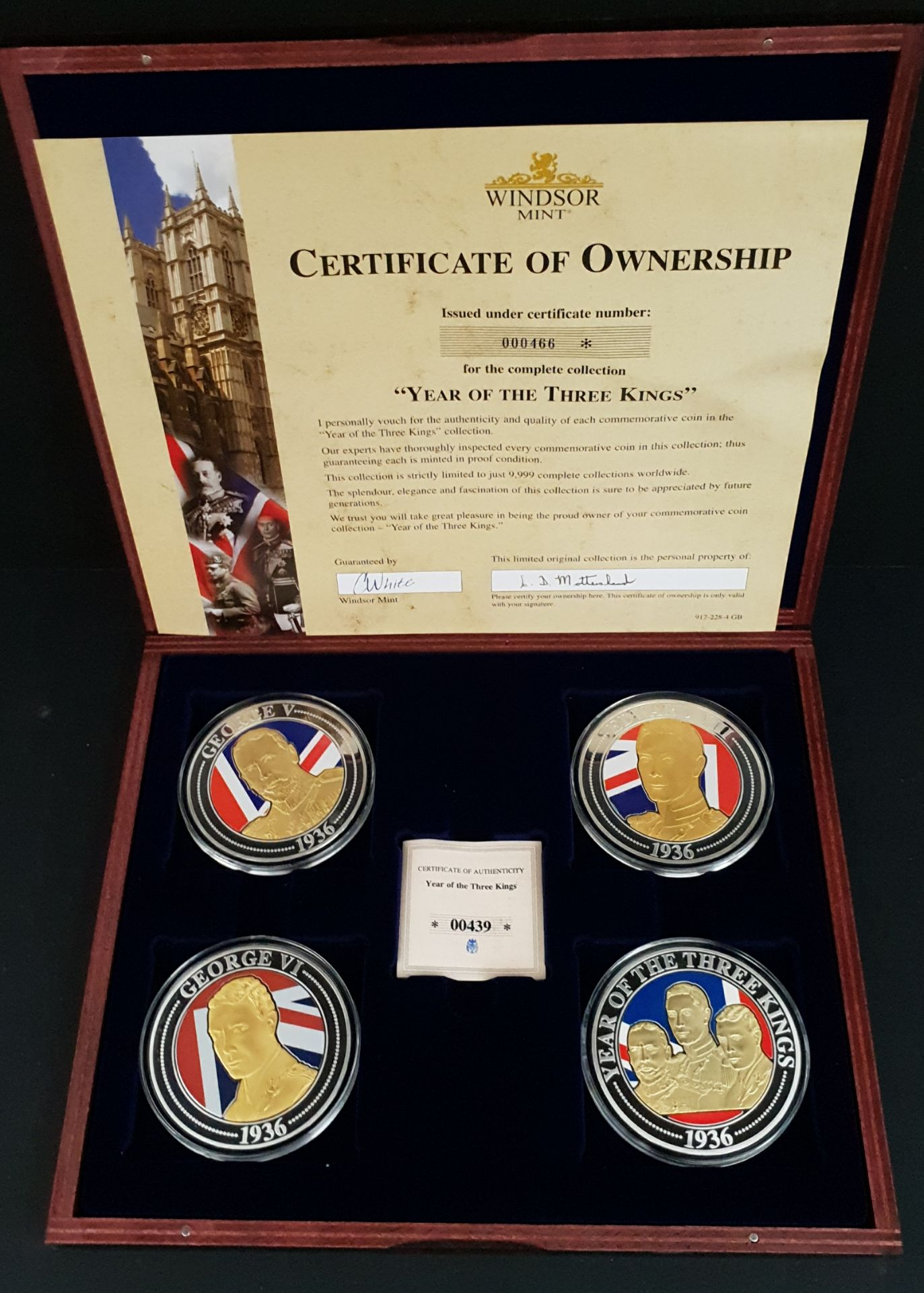 Lot 8 - Collectable Coins Set 4 Year of The 3 Kings Commemorative Strike
