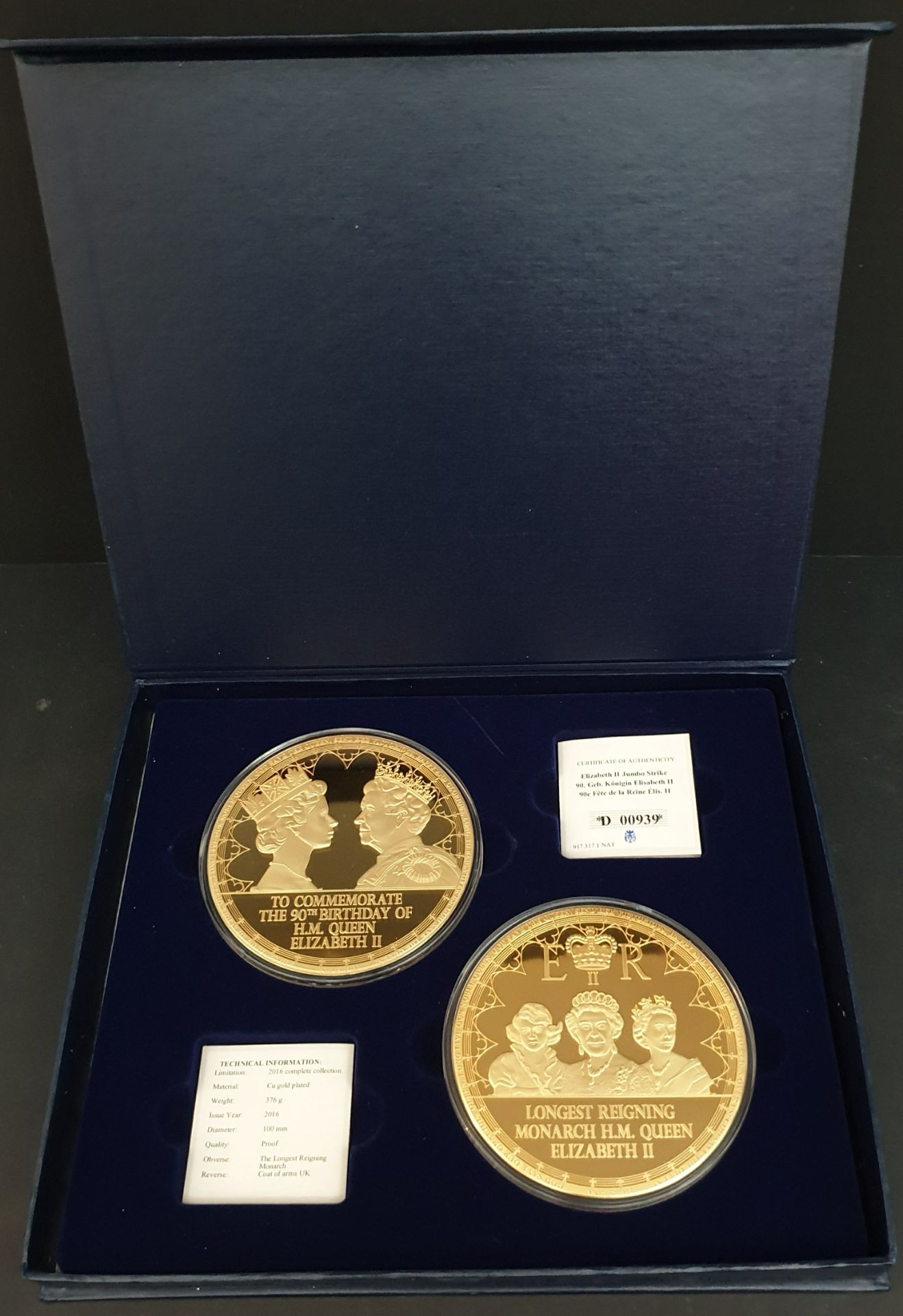 Lot 18 - Collectable Coins 90th Birthday of H.M. Queen Elizabeth II
