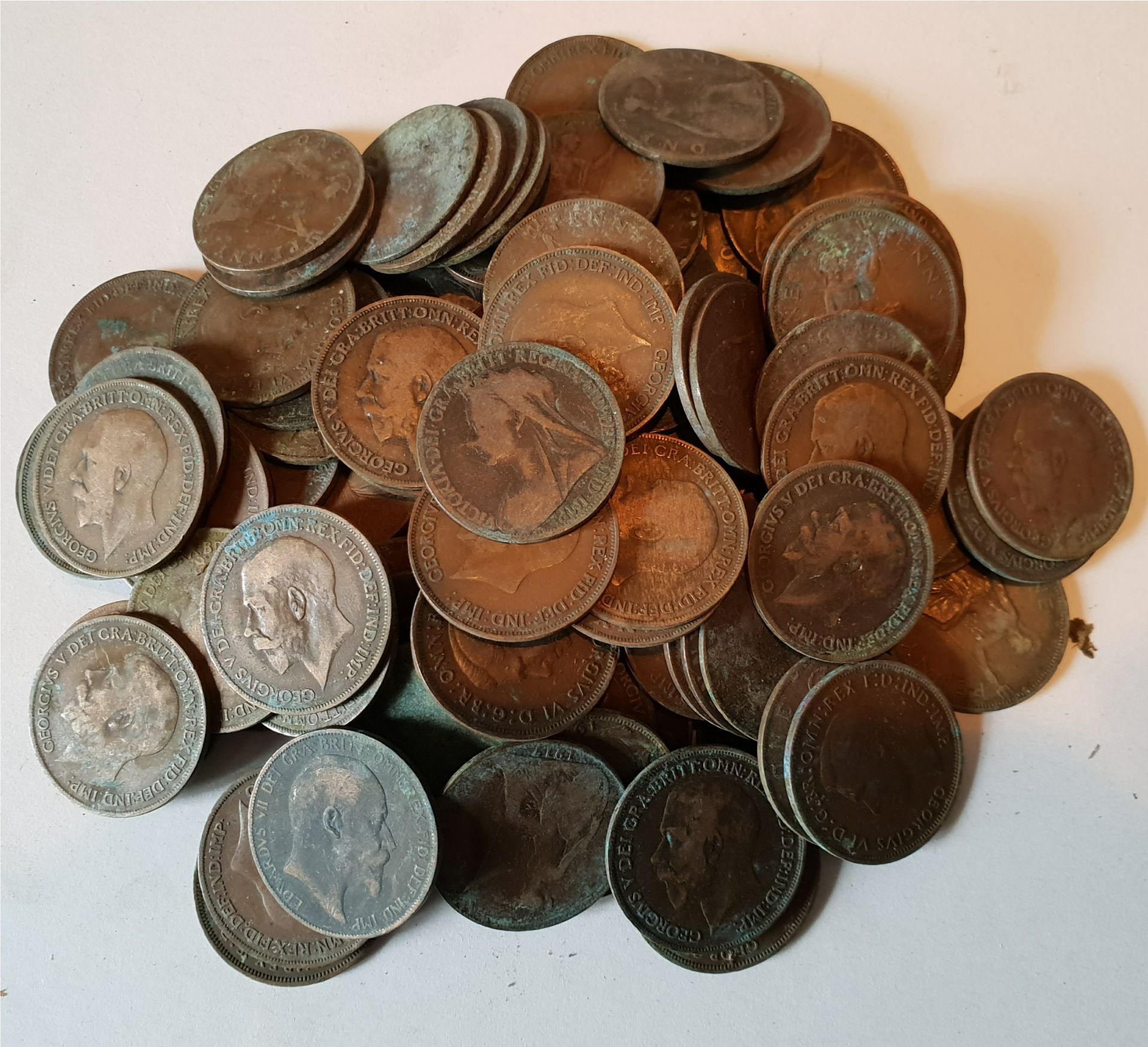 Lot 59 - Collectable Coins 800g Bag of British Pennies Victoria Edward VII George V George VI NO RESERVE