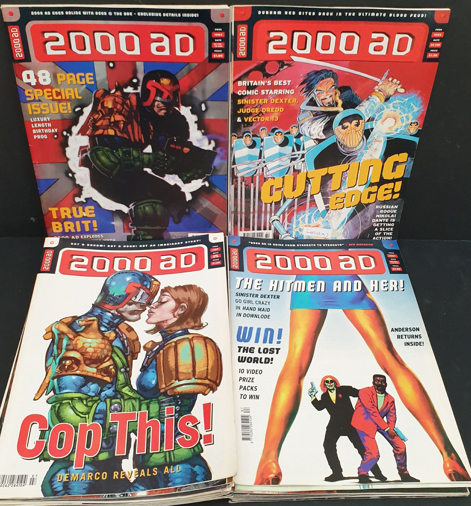 Lot 53 - Vintage Parcel of 25 Collectable Comics 2000 AD Judge Dredd