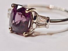No Reserve Certified Natural 2.64 ct VVS Spinel and Diamonds 18K Gold Ring .
