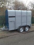 Livestock trailer horse box car trailer project gin bar