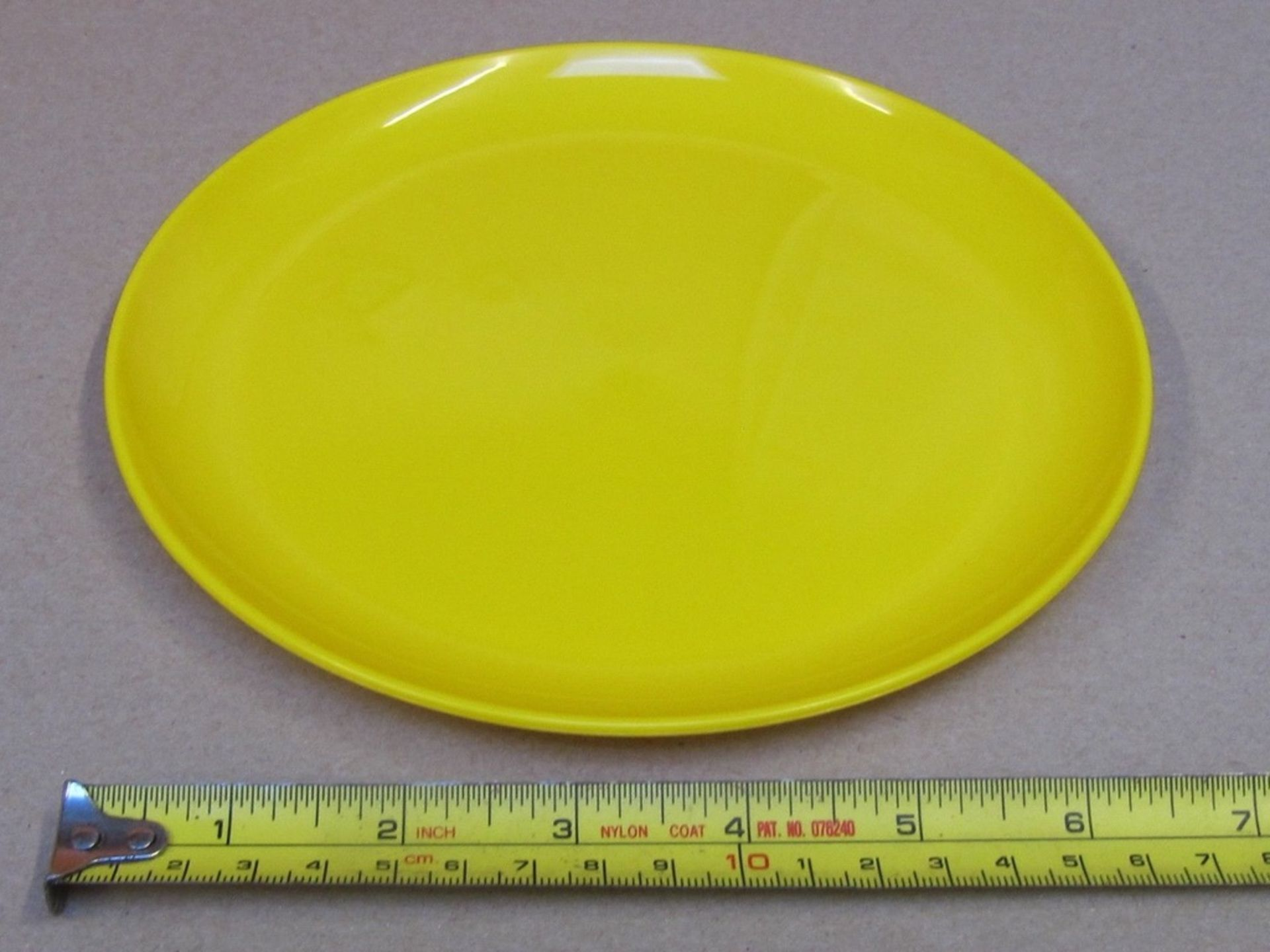 Lot 31 - 30 x Kinderzeug Unbreakable Baby Plate. Dish washer & Microwave safe. no vat on hammer.You will