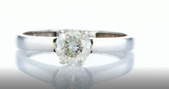 14 kt white gold ring