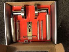4 Sets Of Dale 3650 Ultimo Privacy Door Packs Inc Hinges Lock