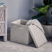 (NN68) Collapsible Quilted Velvet Storage Box Perfect for tidying away bits and bobs, this sto...