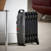 (NN5) 6 Fin 800W Oil Filled Radiator - Black Compact yet powerful 800W radiator with 6 oil-fil...