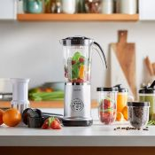 (V170) 4-in-1 Blender 4-in-1 blender includes attachments for blending, grinding and juicing, ...
