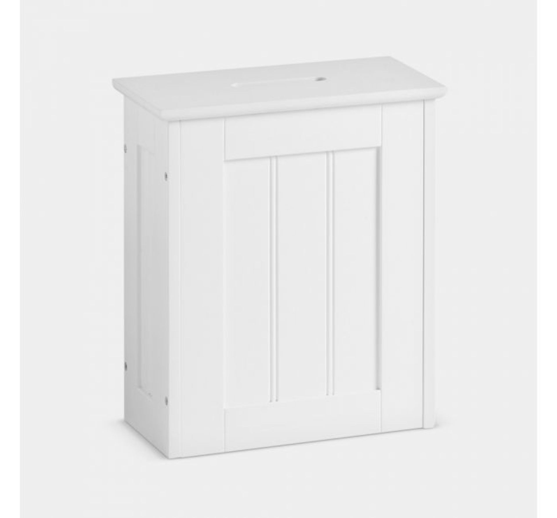 Lot 84 - (X30) 1x Colonial Storage Hamper. MDF with painted finish Water-resistant & easy to clean Arrive...
