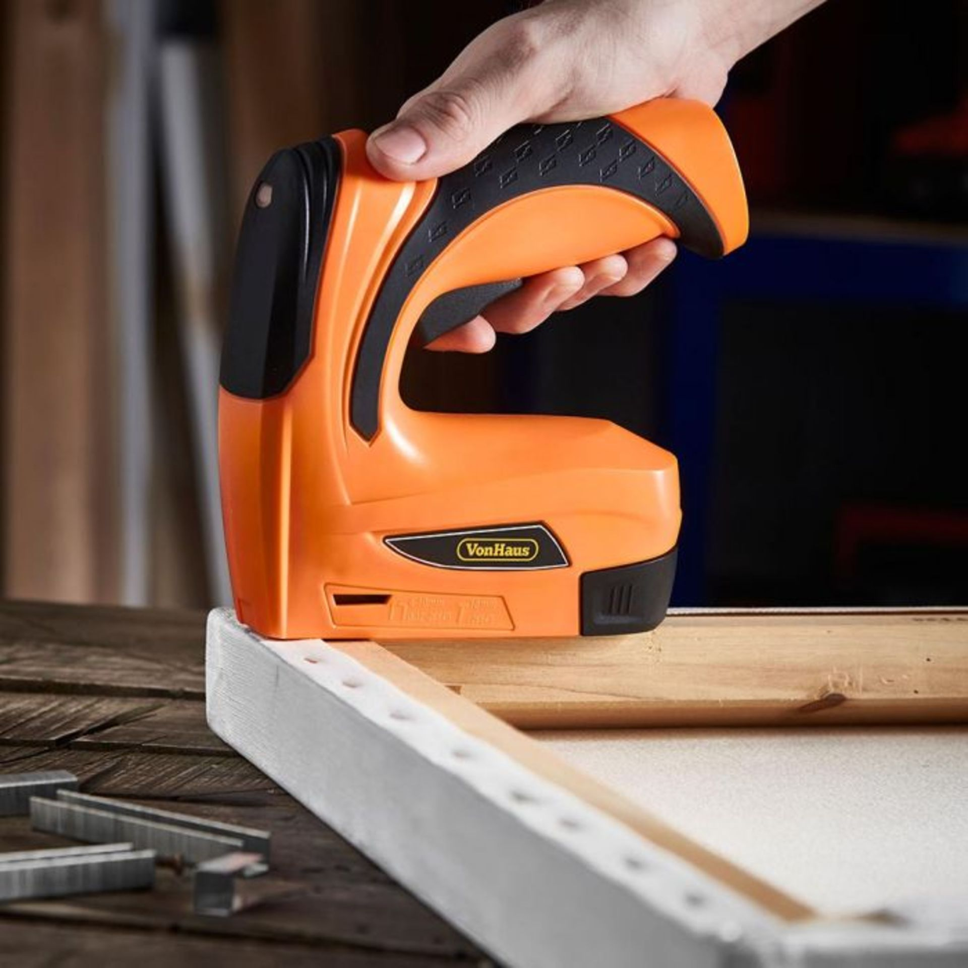 Lot 328 - (S450) 3.6V Nailer & Stapler Ideal for crafting and decorating – quickly staple, nail or fa...