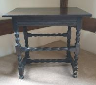 Antique Furniture 17c Table With Bobbin Turned Legs