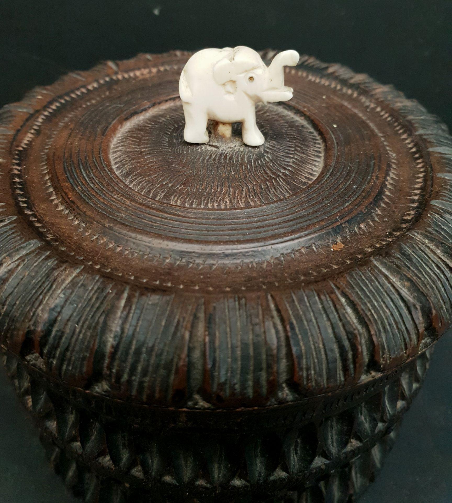 Vintage 2 x Carved Wood African Sculptures - Image 3 of 4