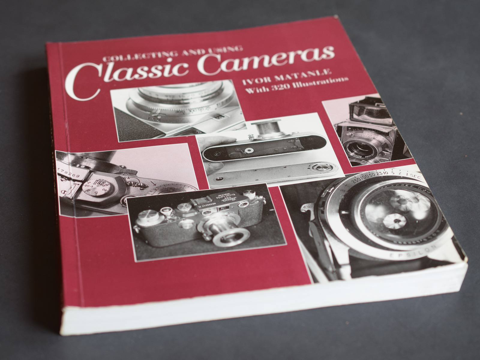 Lot 34 - Classic Cameras by Ivor Matanle