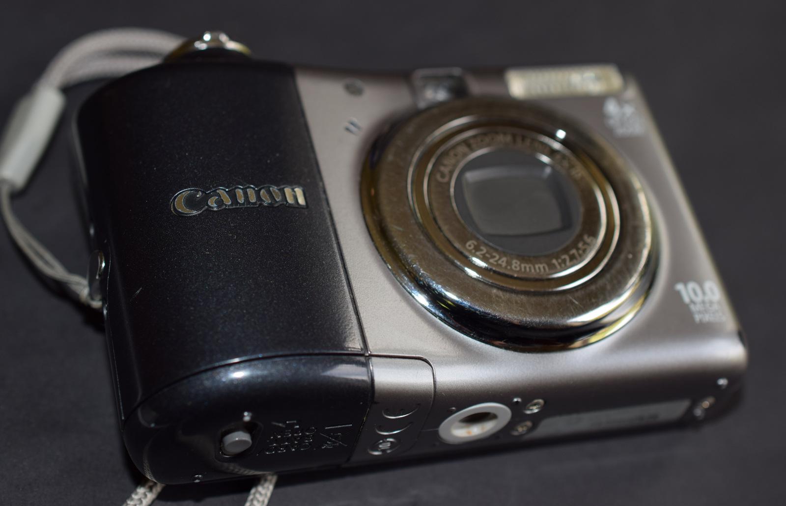 Lot 23 - Canon PowerShot A1000 IS 10.0MP Digital Camera